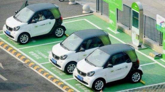 """什么是新能源汽车?新能源车和燃油车,未来谁会是""""非主流""""?"""