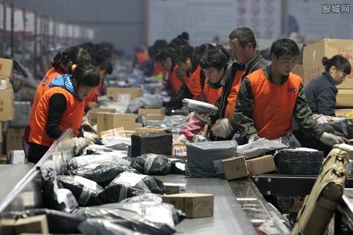 武汉近400个寄递网点恢复运营,部分快递将逐步复工