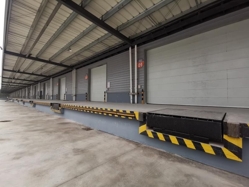 仓库月台的高度是多少?一文了解仓库月台长宽高及影响因素!
